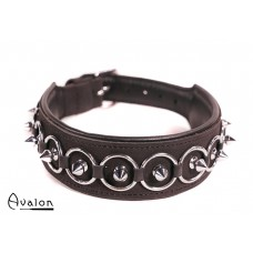 Avalon - CHERISED - Collar med Spisse Nagler og Ringer - Svart