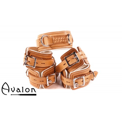 Avalon - LUST - Collar og Cuffs, 5 deler, Brunt og Hvitt