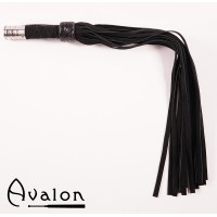 Avalon - Sort flogger med metall øverst på håndtaket.
