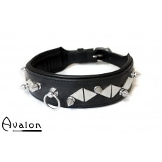 Avalon - REVERED - Collar med spisse og flate nagler - Sort