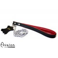Avalon – Kjettinglenke med lær håndtak Rød